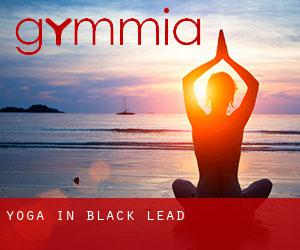 Yoga in Black Lead